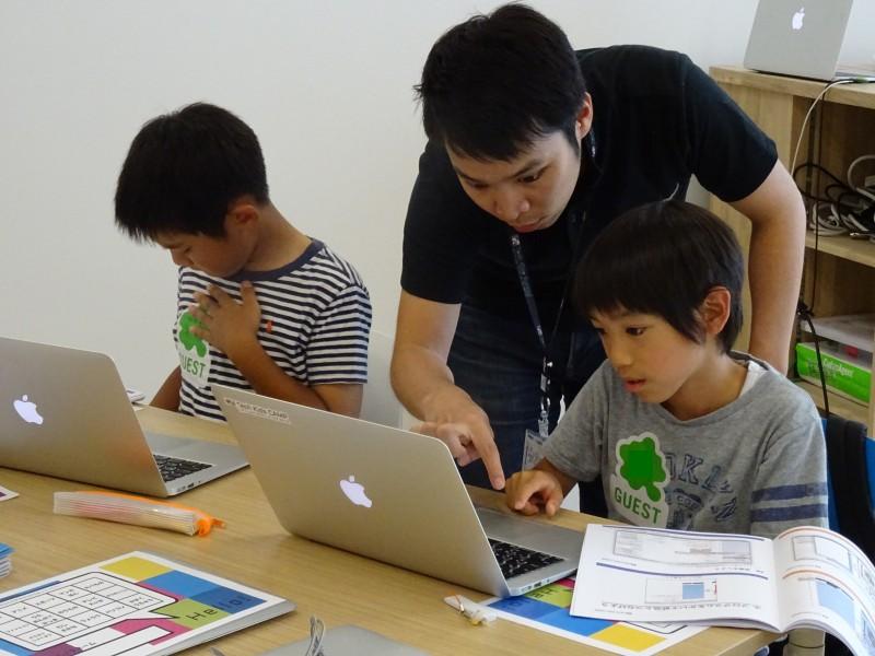 プログラミング体験ワークショップを開催しました(6/2,4)